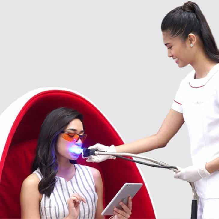 Different Lighting Methods for Teeth Whitening